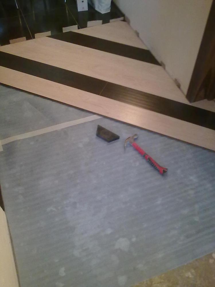 nettoyer parquet massif avec nettoyeur vapeur conseil. Black Bedroom Furniture Sets. Home Design Ideas