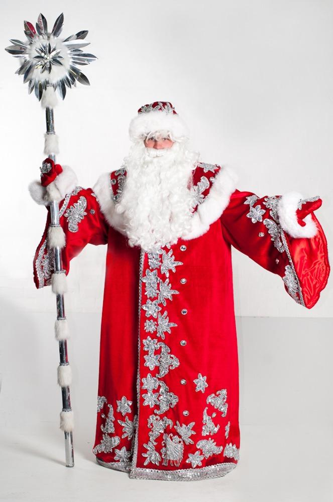 начало новогодних скидок одежды в москве