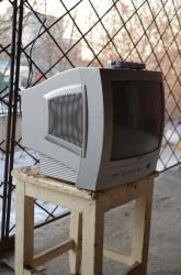 Продам телевизор Vestel VR37TS-1445.  Царапины на стекле.  В избранное.