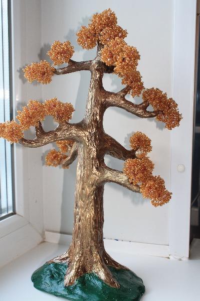 Продам деревья из бисера.