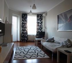Сдаю в аренду комнату в двушке м.Китай-город, 5 минут от метро.  В квартире сделан хороший ремонт.