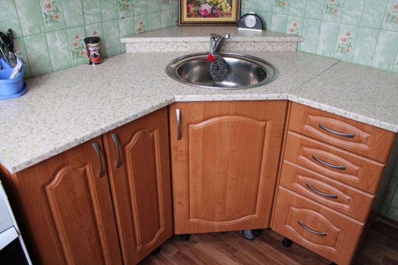 кухонный гарнитур на 7 кв м фото