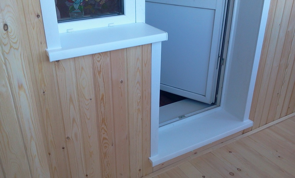 Видео установка пластиковых балконных дверей.