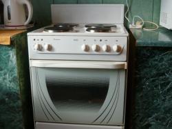 Продам плиту Ново-Вятка классик с грилем.Всё работает,отличное состояние.