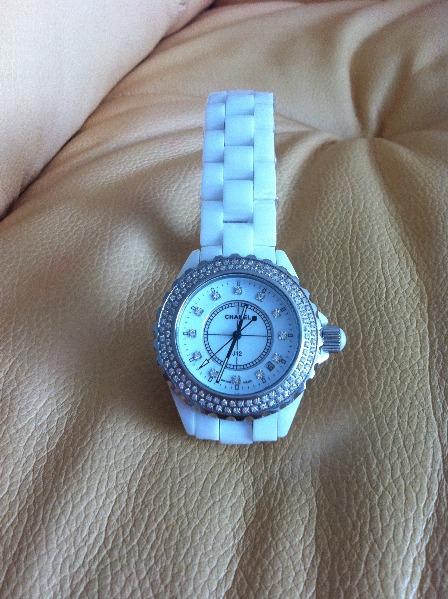 Китайские часы chanel