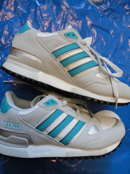 Обувь женская спортивная adidas originals zx 750