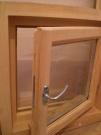Деревянное окно банное. др Производство со стеклопакетом уплотнителем
