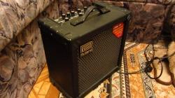 Продам гитарный комбик Roland 30 Cube Отличное состояние.  Лучший комбик из транзисторных 30 ваттных, есть процессор.