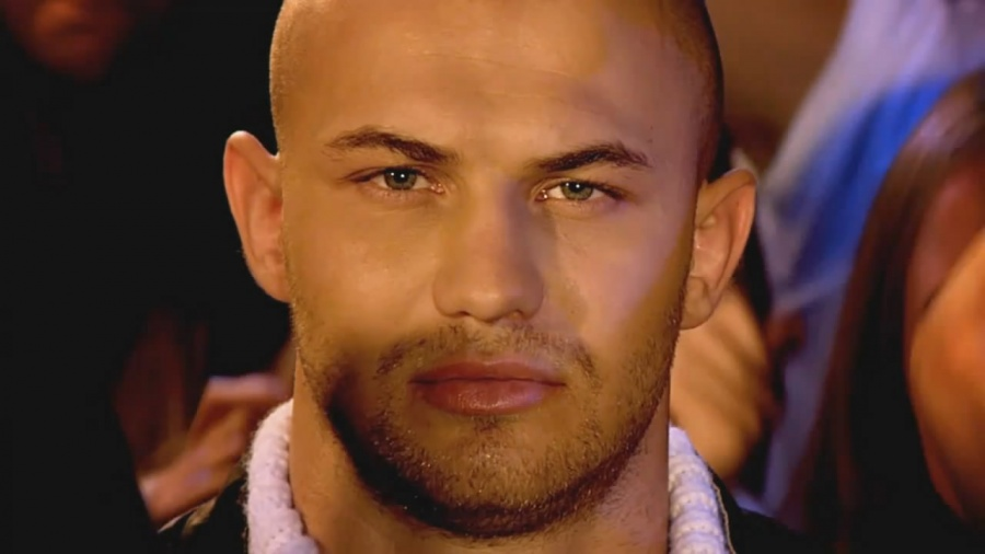 Admirable Men That Can Pull Off Looking Good Bald Are Most Alpha And Lucky Hairstyles For Men Maxibearus