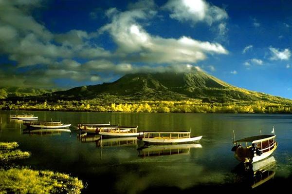 Вулкан Кинтамани. Бали. Фото: berliburdibali.com
