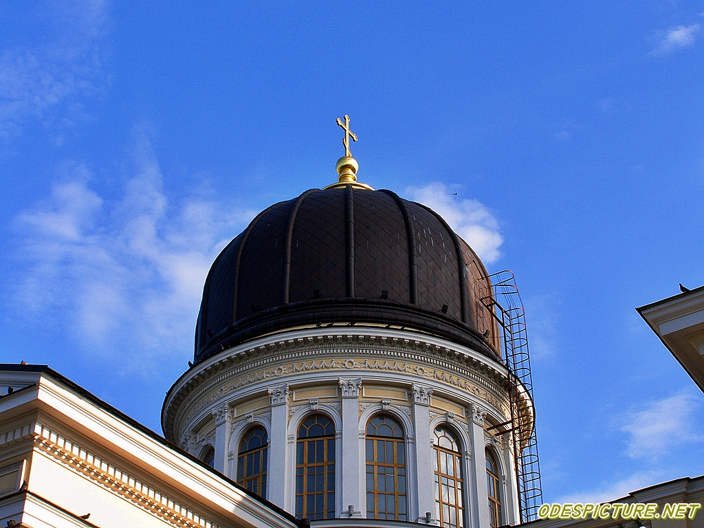 Купол Спасо-Преображенского собора. Фото с сайта  odespicture.net