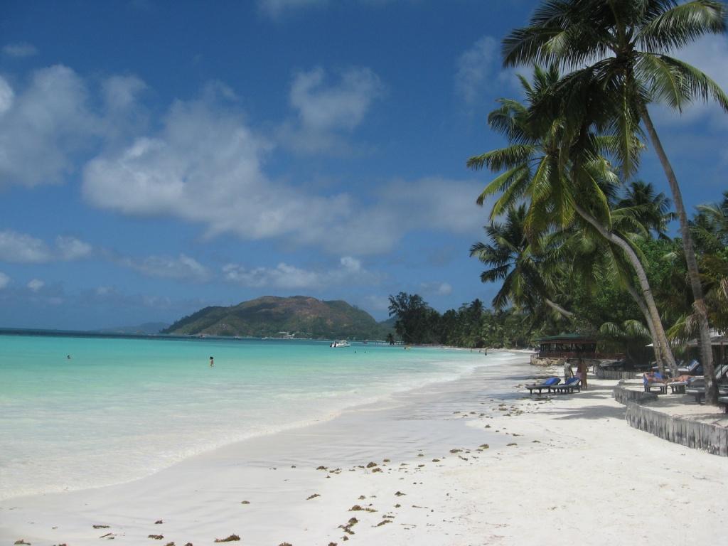 Пляж Ансе Вольберт на о-ве Праслин. Автор: ReservasdeCoches.com. Фото:  www.flickr.com