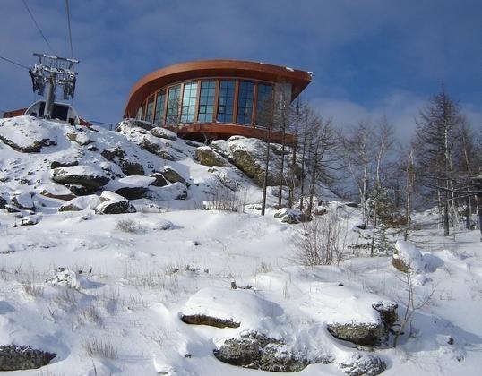 Ресторан на вершине горы. Автор фото: Екатерина Демидко