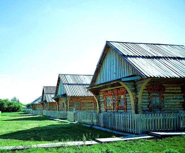 Русская Деревня - номера первой категории