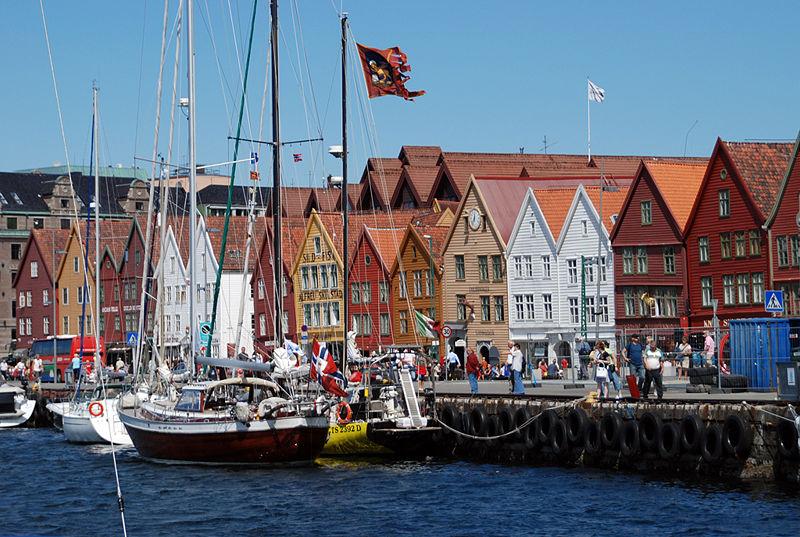 Бригген, Норвегия (da.wikipedia.org/wiki/Bergen)