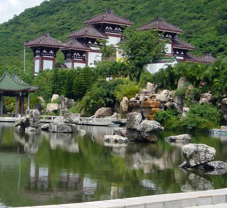 Один из храмов в Наньшань. Фото: hnpls.com