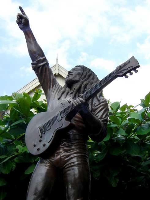 Статуя Боба Марли. Автор: dubdem sound system. Фото:  www.flickr.com