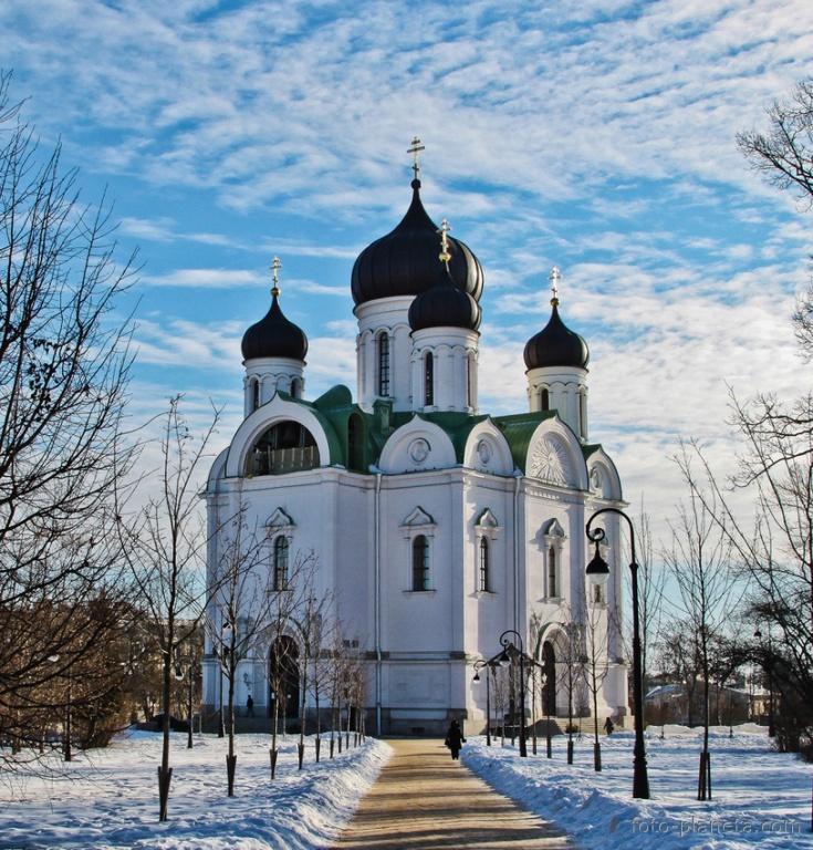 Екатерининский собор. Фото с сайта  foto-planeta.com
