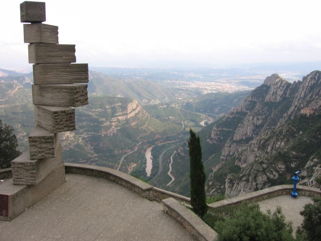 Лестница в вечность. Автор: Canaan. Фото:   wikimedia.org