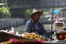 Плавучий рынок (Floating market)