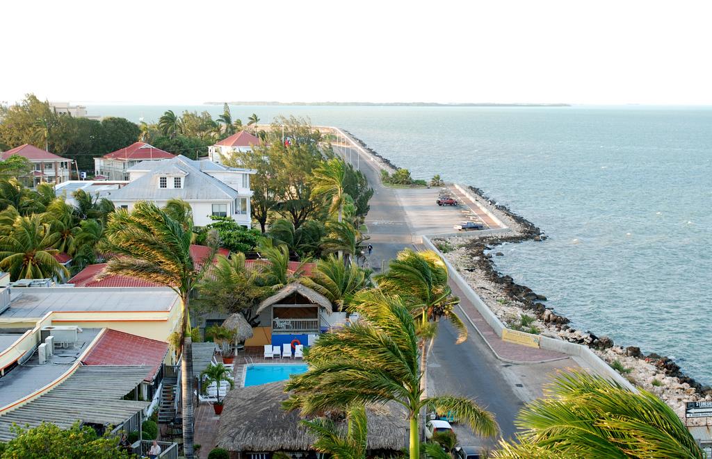 Прибрежная зона. Автор: Larnie Fox. Фото:  www.flickr.com