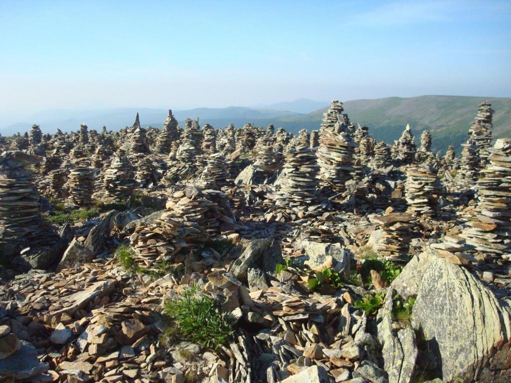 Каменный город на перевале Багаташ (р-н Каракольских озер).  Автор: Яковлева А.
