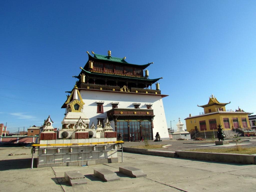 Монастырь Гандантэгчинлэн (Gandantegchinlen Monastery) в Улан-Баторе. Автор: David Berkowitz. Фото:  www.flickr.com