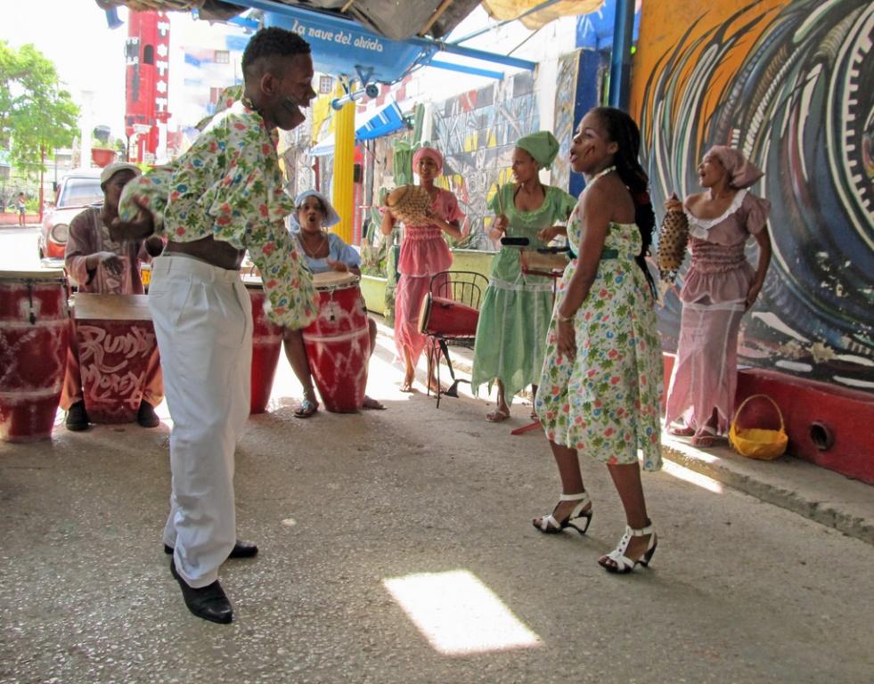 Танцы. Автор: NatalieMaynor. Фото:  www.flickr.com