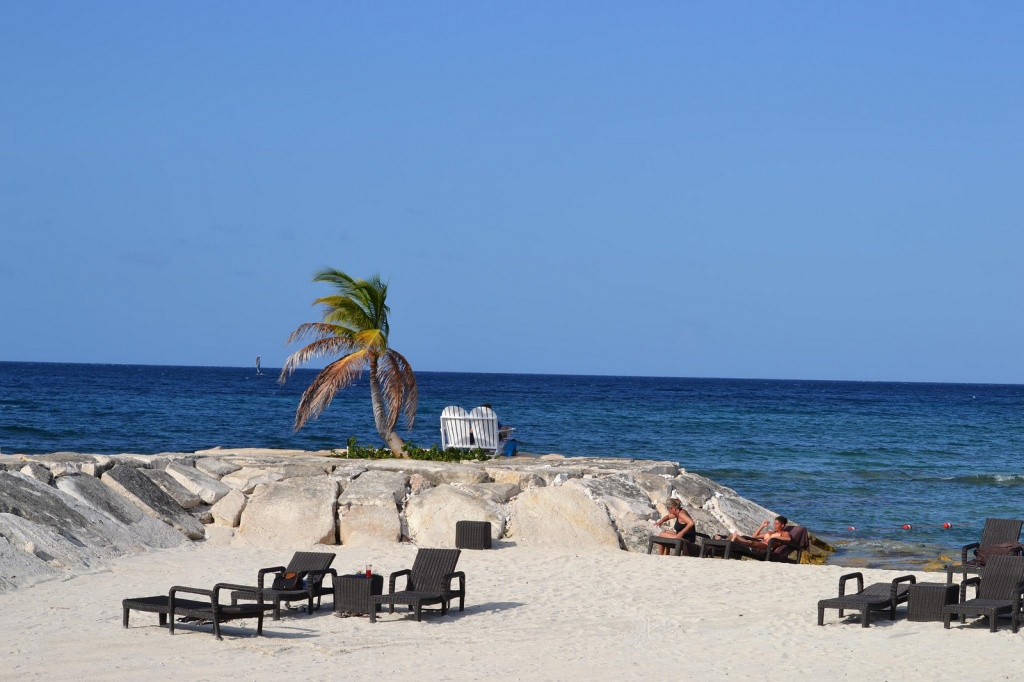 Пляж. Автор: andresumida. Фото:  www.flickr.com