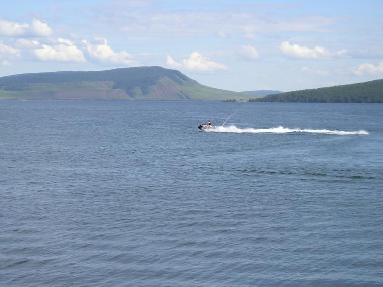 большое озеро фото