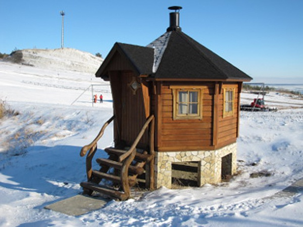 Шашлычный домик. Фото: hvalin.ru