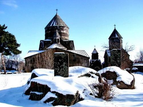 Монастырь «Кечарис». Фото: armeniantravel.ru