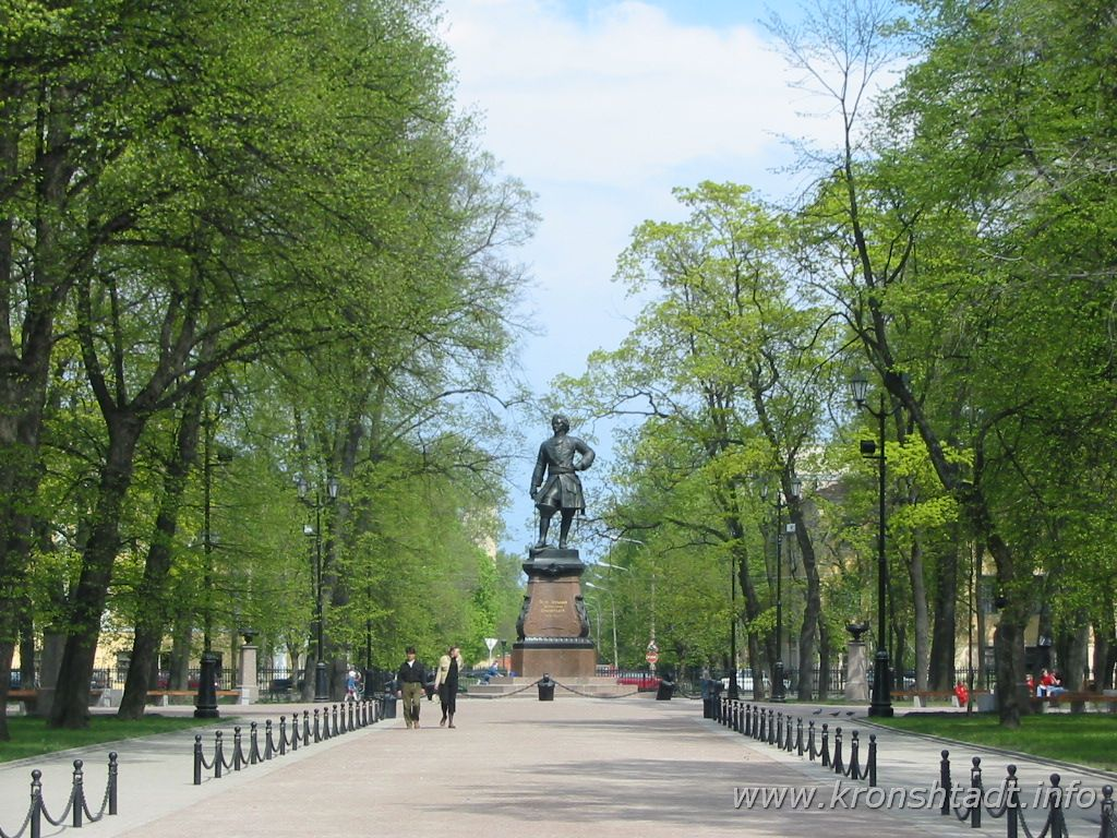 Петровский парк. Фото:  www.kronshtadt.info