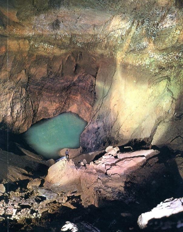 Новоафонская пещера. Фото: suxumi.narod.ru