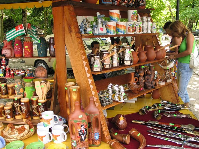 Сувениры. Фото: newabkhazia.ru
