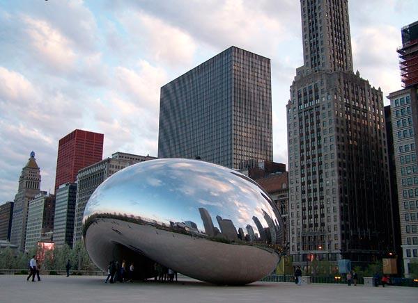 Cloud Gate. Чикаго. Фото: holidaym.ru