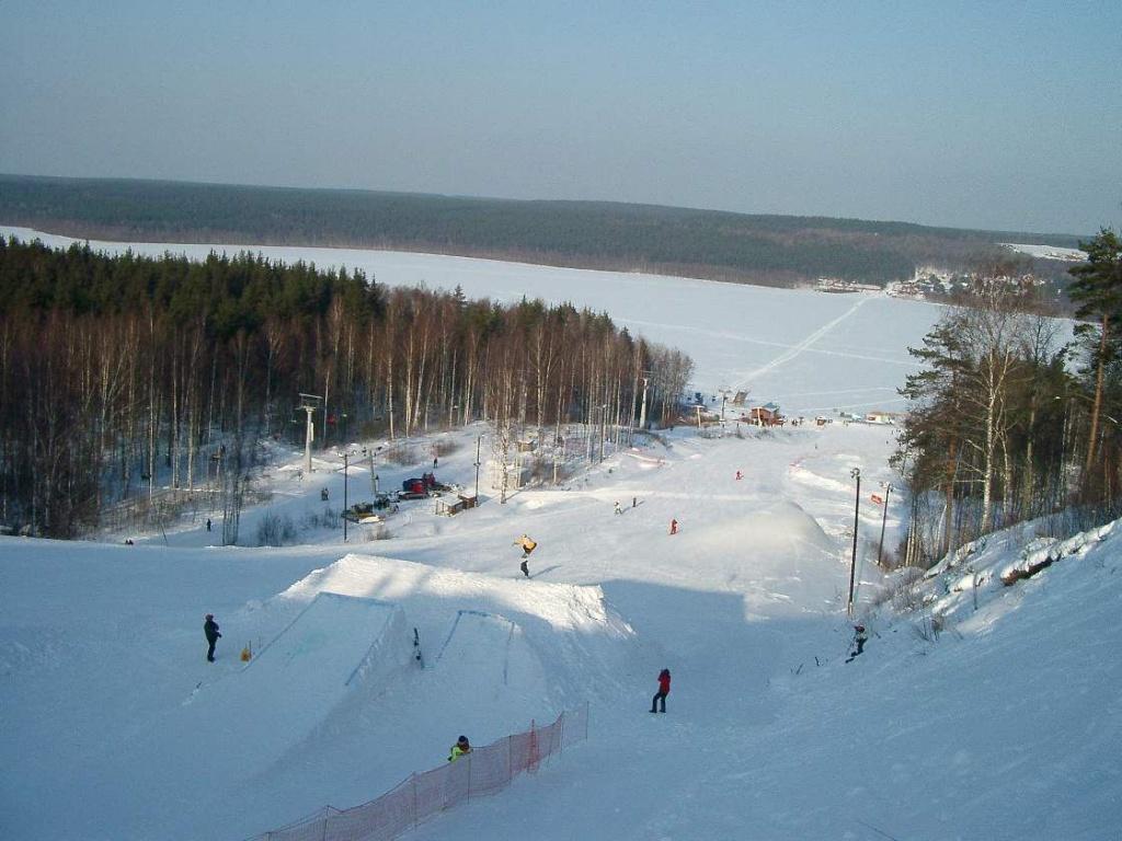 Сноуборд-парк. Фото: www.krasnoeozero.ru