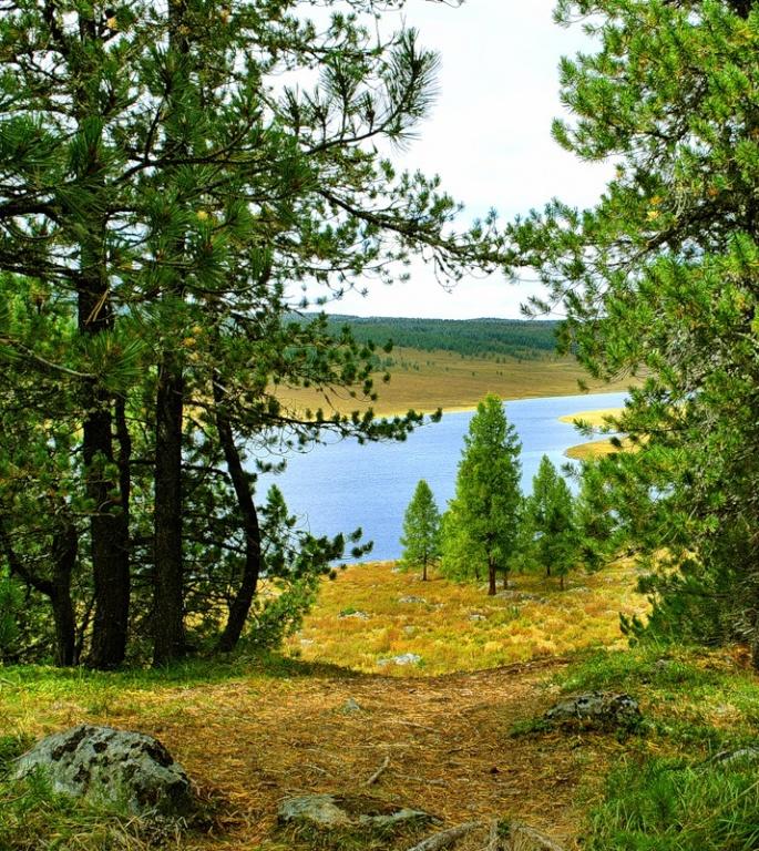 Озеро Узункель. Фото: Наталья Кочетыгова   www.fotki.yandex.ru