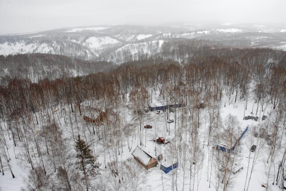 Вид на комплекс с горы. Фото: Иветта Мартемьянова
