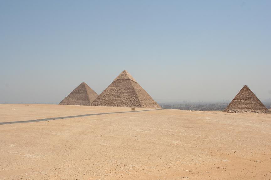Пирамиды Гизы, Египет. Фото:  tonkosti.ru