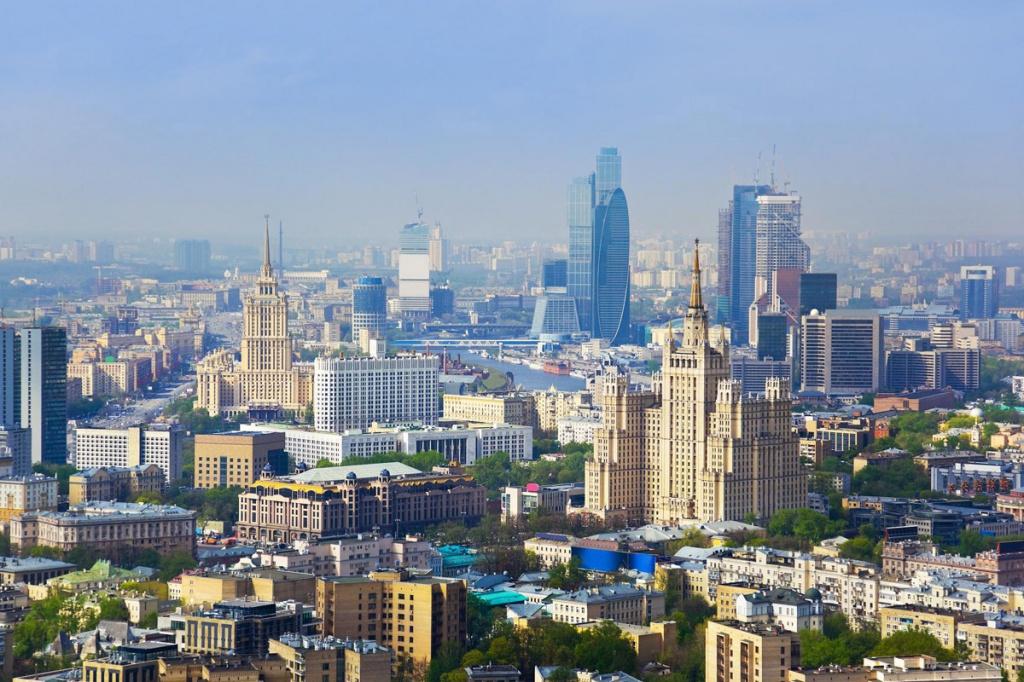 Небоскребы Москвы. Фото с сайта  tonkosti.ru
