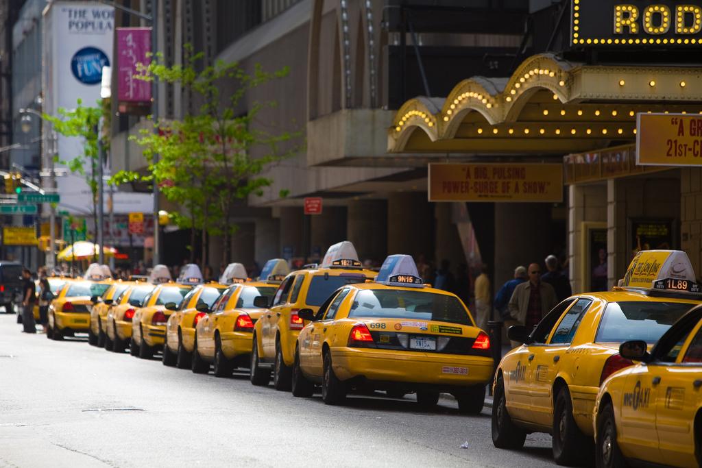 Такси. Автор: Sam Howzit. Фото:  www.flickr.com
