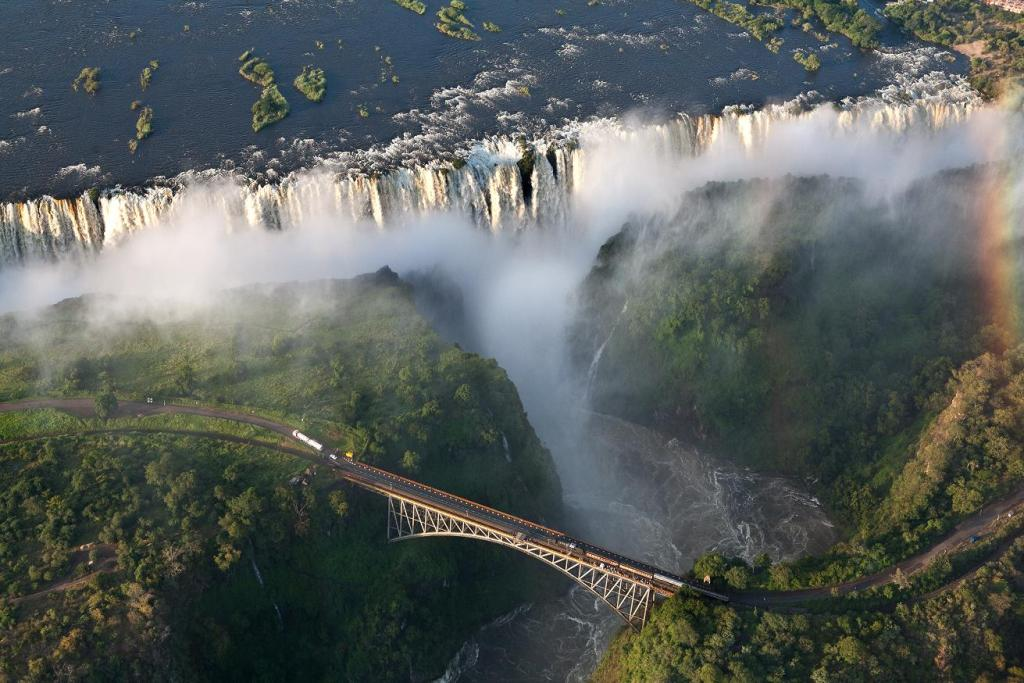 Водопад Виктория. Фото:  tonkosti.ru