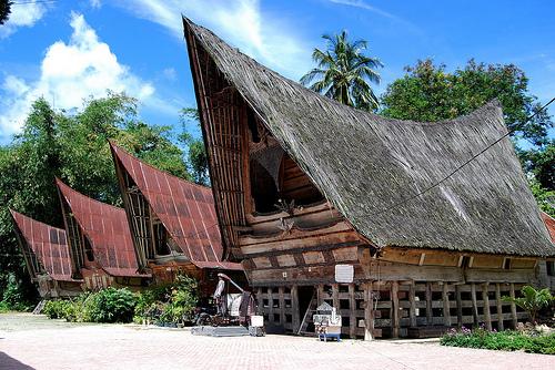 Жилища батаков. Самосир. Суматра. Фото: flickr.com
