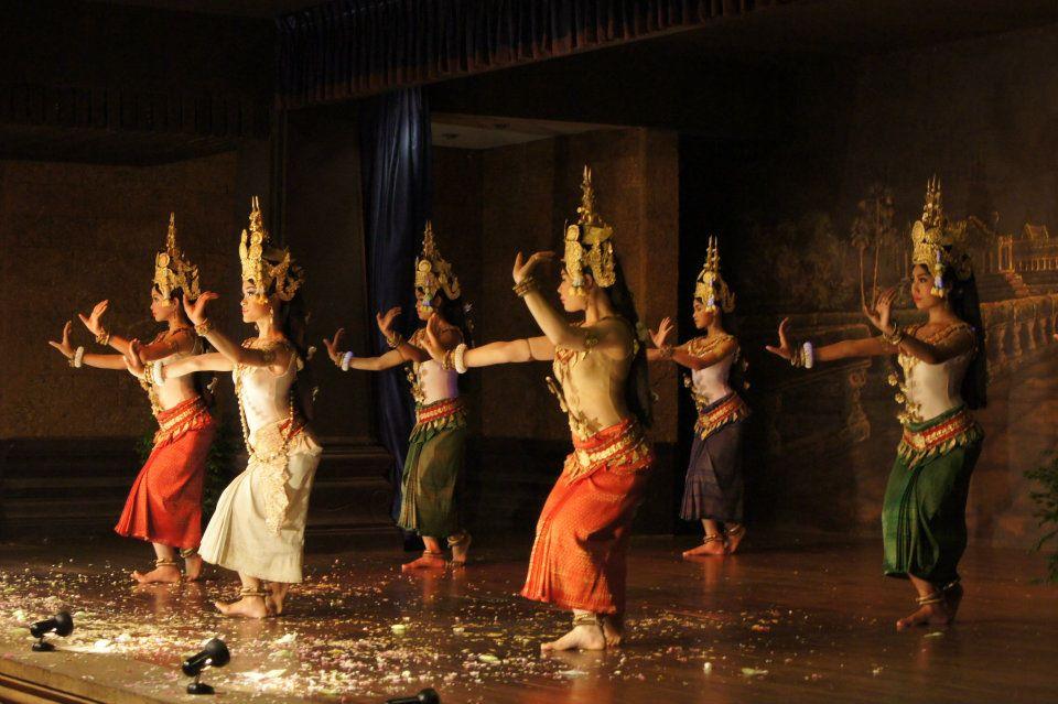 Кхмерские танцы. Автор: Frontierofficial. Фото:  www.flickr.com