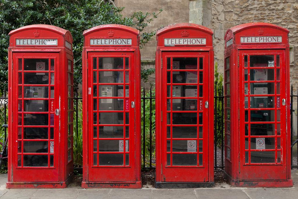 Телефонные будки. Фото:    Grand Parc - Bordeaux, France