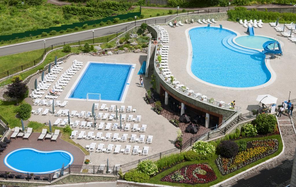 Комплекст открытых бассейнов