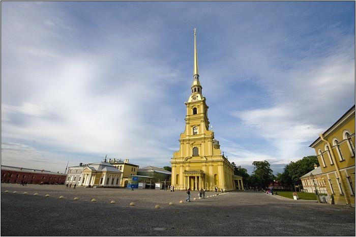 Петропавловская крепость. Автор: Мочалов Артем. Фото с сайта  www.mochaloff.ru