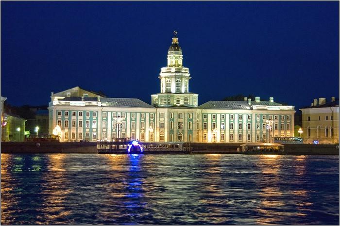 Кунсткамера. Автор: Мочалов Артем. Фото с сайта  www.mochaloff.ru