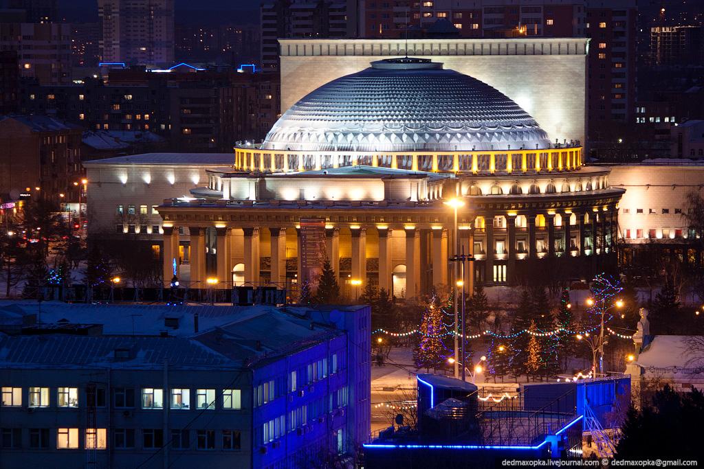 Театр Оперы и Балета. Фото: dedmaxopka.livejournal.com © Вадим Махоров